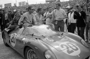 Vaccarella vincitore a Le Mans